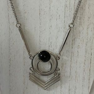 3/$20 Stunning Silver Necklace